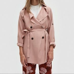 Host pick! Short trench coat in dusty blush pink